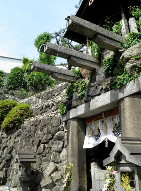 清水寺の3種類の音羽の滝の水を全て飲むと・・
