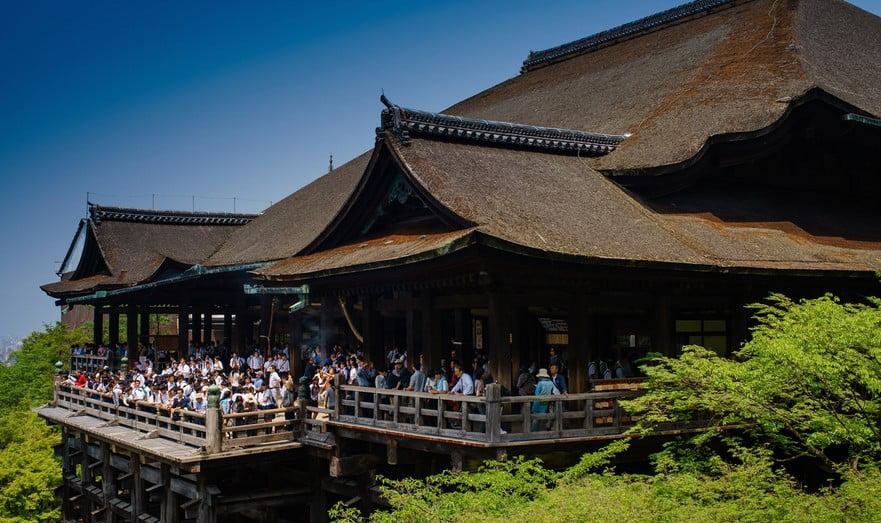 京都・清水寺のお守りの「種類・値段・持ち方・購入場所(授所)の営業時間」など