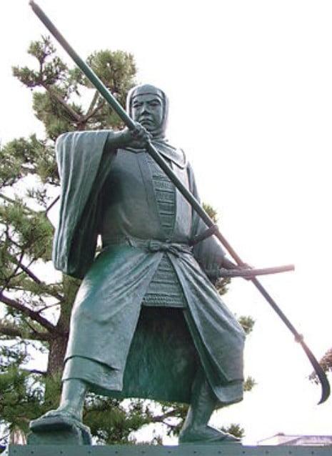 清水寺の仏足石の足跡の人物の正体【その3】「武蔵坊弁慶」